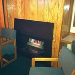 Photo taken at Bend Riverside Motel Suites by Judy on 3/20/2012