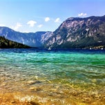 Photo taken at Bohinjsko jezero (Bohinj Lake) by Nina ⚓. on 8/25/2012