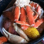 Photo taken at Joe's Crab Shack by Ivania B. on 4/29/2012