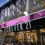 Photo taken at Forever 21 by Nicholle P. on 7/30/2012