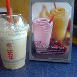 Photo taken at Burger King by Jaymz J. on 5/2/2012