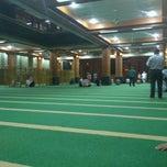 Photo taken at Masjid Agung AL-BARKAH Bekasi ® by Haris R. on 5/9/2012