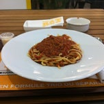 Photo taken at Laboratorio Di Pasta by Scoulino on 3/18/2012