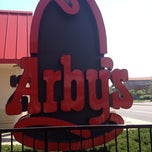 Photo taken at Arby's by Albie M. on 6/11/2012