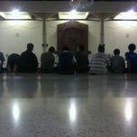 Photo taken at Masjid Manarul Ilmi by Zedy N. on 5/8/2012