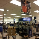 Photo taken at Marshalls by Pachaneeporn K. on 9/5/2012