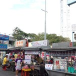 Photo taken at New Lane Hawker Stalls by Kelvin W. on 7/14/2012