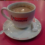 Photo taken at Dunkin Donuts by Dini J. on 3/3/2012