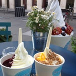 Photo taken at Wonderpots Frozen Yogurt by Dmitry S. on 7/1/2012