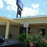 Photo taken at Motel 6 by Julian F. on 5/1/2012