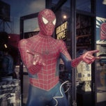 Photo taken at Golden Apple Comics by Joshua C. on 6/18/2012