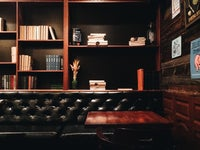 бар Library Bar