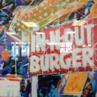 Photo taken at In-N-Out Burger by Suzy H. on 4/14/2012