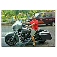 Photo taken at Mabua Harley-Davidson by Krishna R. on 5/12/2012