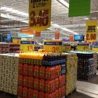 Photo taken at Walmart by Leonardo Di Franco R. on 6/28/2012