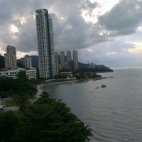 Photo taken at Hotel Sentral Seaview by Mohd K. on 4/27/2012