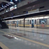 Photo taken at Rajiv Chowk | राजीव चौक Metro Station by Yuva U. on 5/10/2012
