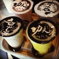 Photo taken at Kung Fu Tea 功夫茶 by Dana R. on 5/21/2012