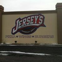 Photo taken at Jersey's Sports Bar by Matt W. on 2/13/2012