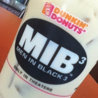 Photo taken at Dunkin Donuts by Jina S. on 5/14/2012