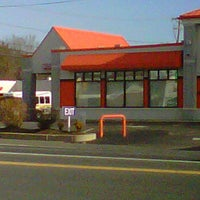 Photo taken at Little Caesars by Sheena A. on 11/22/2011