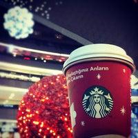 Photo taken at Starbucks by n/o/b/ on 12/6/2011