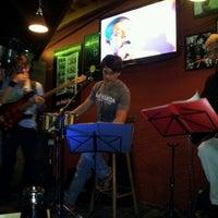 Photo taken at Ponto 1 Bar by Dirce H. on 2/4/2012