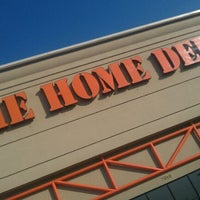 what do cashiers get paid at home depot
