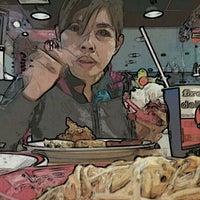 Photo taken at KFC by Kenshinx G. on 1/29/2012