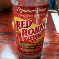 Photo taken at Red Robin Gourmet Burgers by Charles B. on 8/24/2012