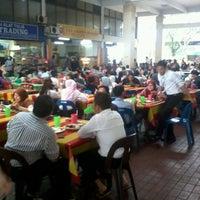 Photo taken at Restoran & Katering Kaisah by Ahmad I. on 4/24/2012