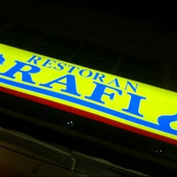 Photo taken at Restoran Al-Rafi Bistro by Sabrina ♥. on 7/7/2012