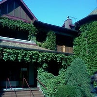 Photo taken at Lynfred Winery by Jessica M. on 9/1/2011