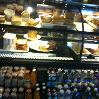 Photo taken at Starbucks by Gustavo B. on 3/30/2012