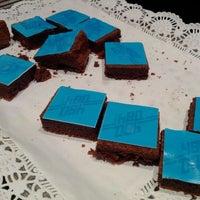 Photo taken at Link@Sheraton Café by Lapeno E. on 4/16/2012