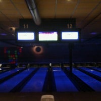 Photo taken at Go Planet Bowling by Jan-Pieter v. on 3/8/2012