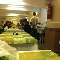 Photo taken at Prato Verde by Antonio Dutra Jr on 3/31/2012