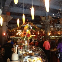 Photo taken at Eggspectation by nicky w. on 10/13/2012