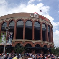 Photo taken at Citi Field by Victor V. on 7/21/2013