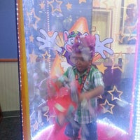 Photo taken at Chuck E. Cheese's by Diana G. on 6/15/2013