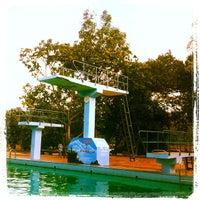 Photo taken at Tirta Wiguna Swimming Pool by Moi K. on 3/30/2013