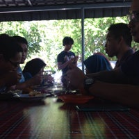 Photo taken at Nasi Lemak Maria by Hidayah K. on 3/26/2015