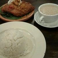 Photo taken at Restoran Ayam Penyet- AP by Zee M. on 8/7/2016