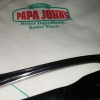 Photo taken at Papa John's by Franz R. on 1/18/2014