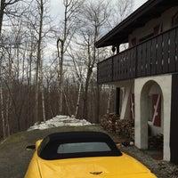 Photo taken at Mittersill Alpine Resort Franconia by Kimberly W. on 12/26/2014