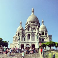 Photo taken at Basilique du Sacré-Cœur de Montmartre by Elena P. on 7/10/2013