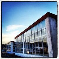 Photo taken at Shopping Poços de Caldas by Ari C. on 10/11/2013