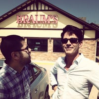 Photo taken at Braum's Ice Cream and Dairy Store by Stephen W. on 9/19/2014