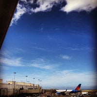 Photo taken at Gate 30 by SURVIV'N N. on 7/13/2013