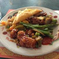 Photo taken at U Garden Chinese Restaurant by Thatdoo on 1/26/2013